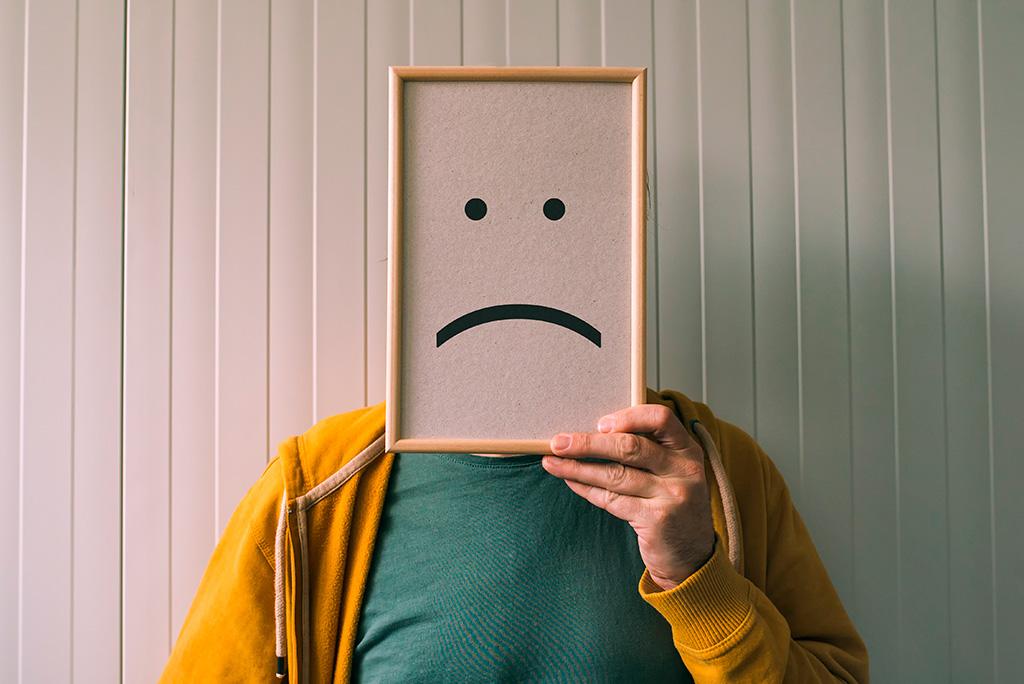 ¿Cuáles son las diferencias entre nostalgia, tristeza y depresión?